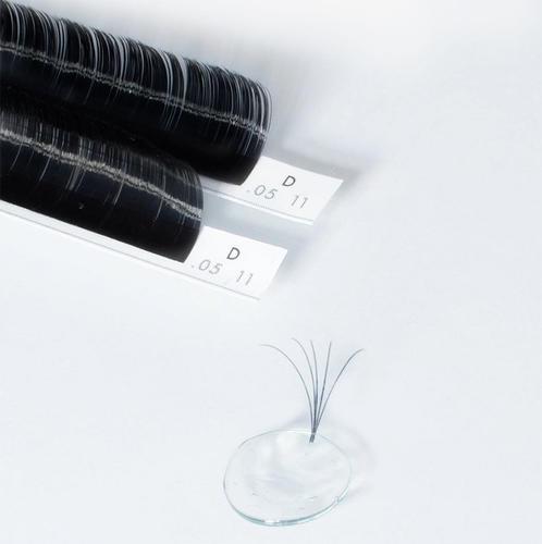 Make a volume fan using a adhesive dot